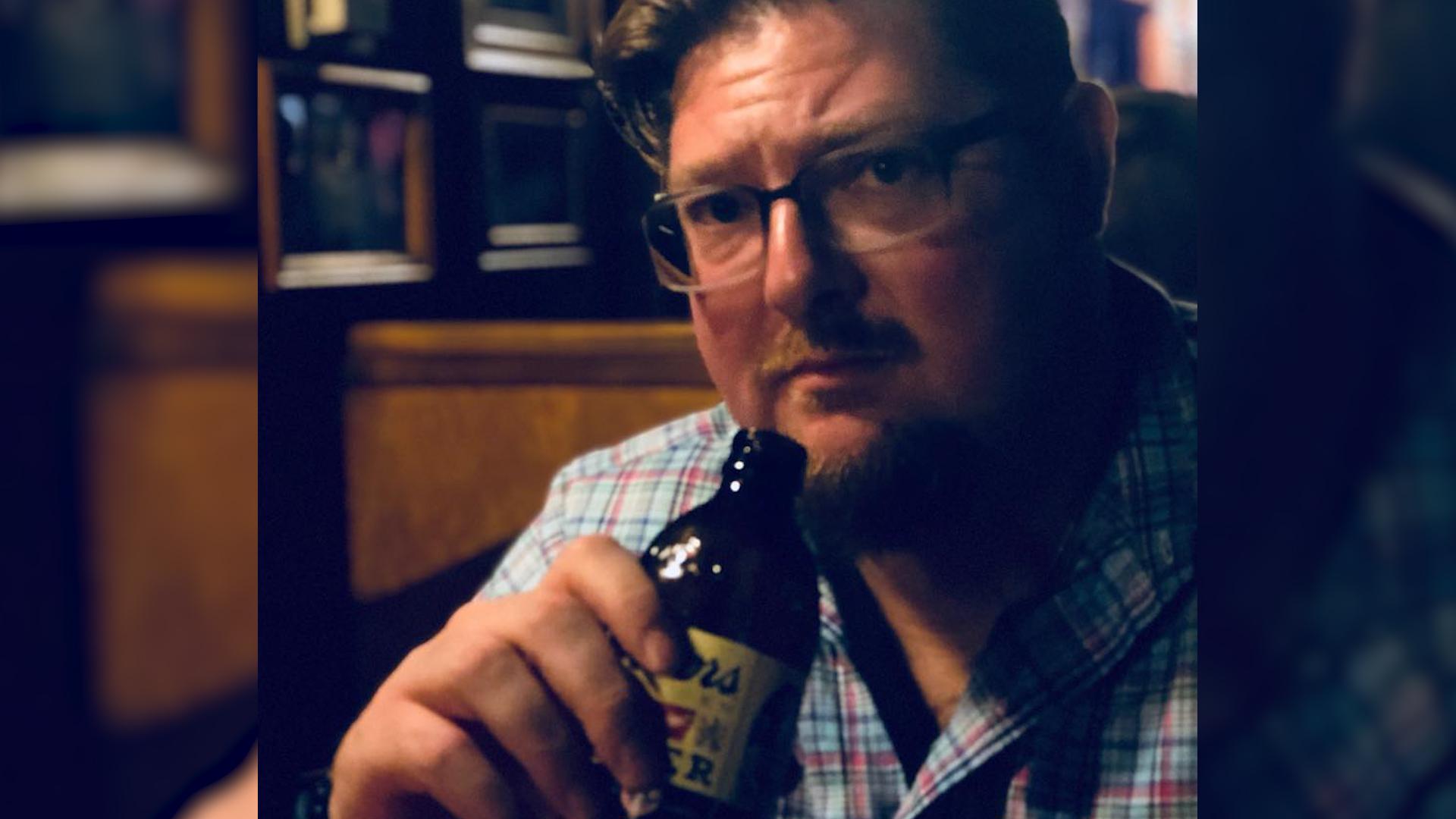 Chce udowodnić, że piwo jest zdrowe. Podjął wyzwanie