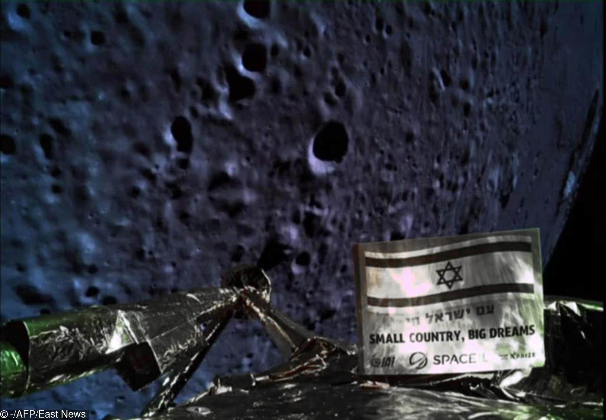 Sensacja po 4 miesiącach. Na Księżycu może jednak istnieć życie